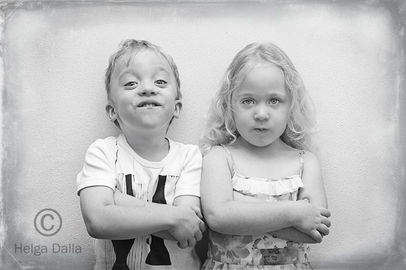 Helga_Dalla_A World of Twins_Twin Attitude watermarked