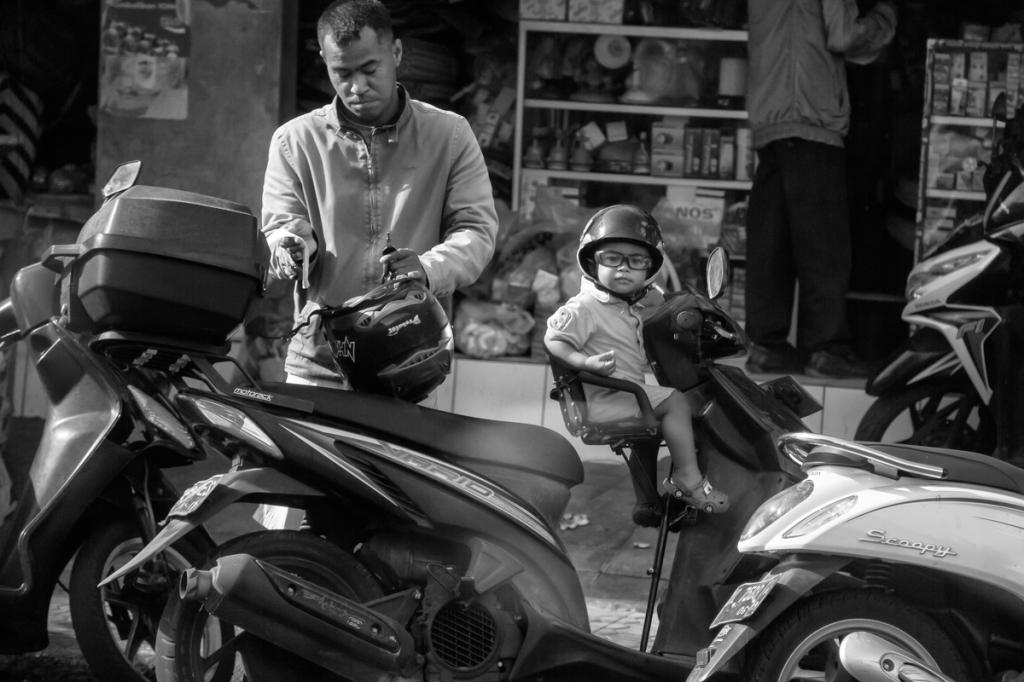 151114 - Bali_Schooters-1