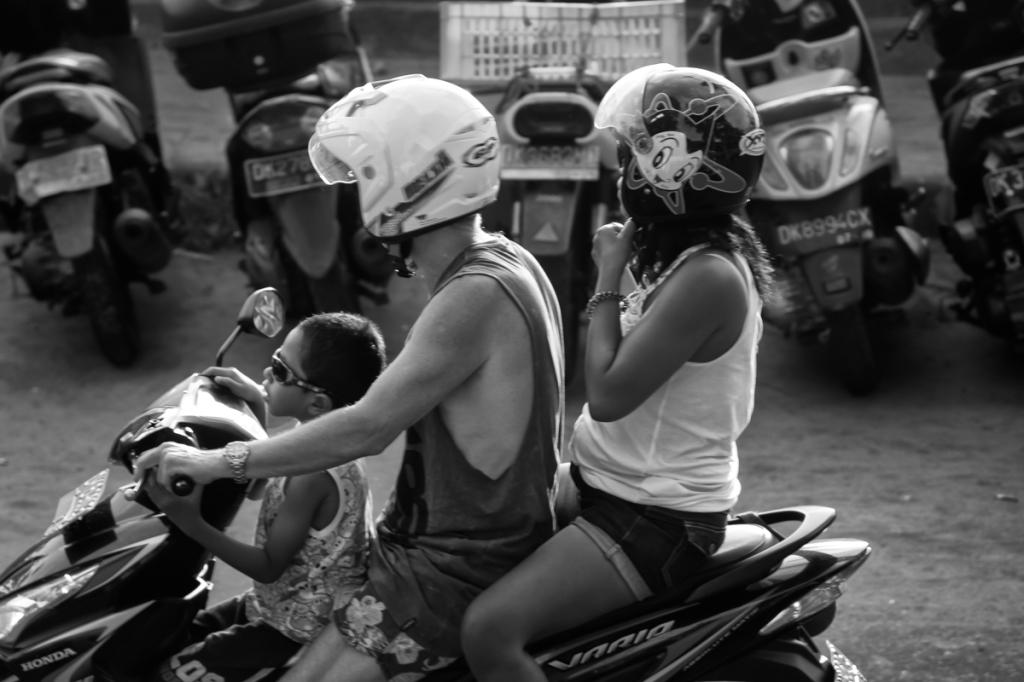 151114 - Bali_Schooters-5